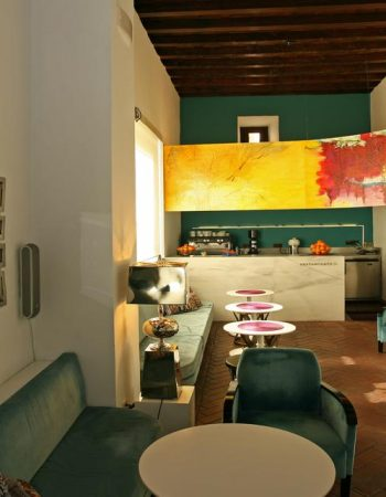 El Ladrón De Agua – Charming and authentic 3 star lodgings in Granada right next to the Alhambra