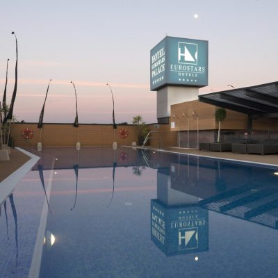 Eurostars Palace – a modern 5 star hotel with swimming pool in the center of Córdoba