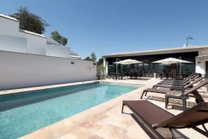 Great hotels in Granada with a pool