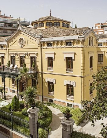 Hospes Palacio de los Patos – 5 stars, luxurious hotel in the center of Granada near the cathedral