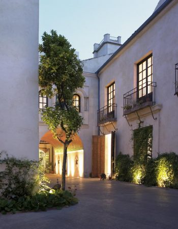 Hospes Palacio del Bailio – Romantic and luxurious 5 star hotel in the historical city center of Córdoba