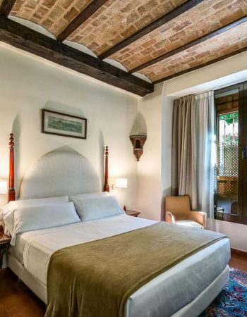 Hotel Casa Morisca – Authentic and charming 3 star lodgings in the heart of Granada near the Alhambra and Sacromonte