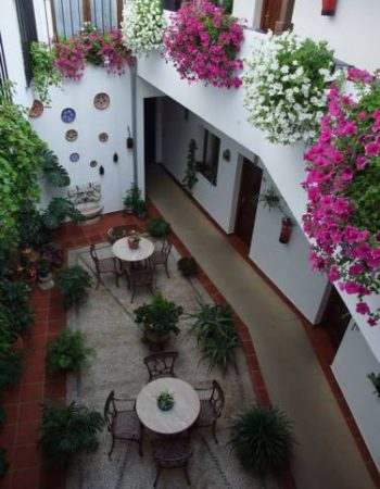 Hotel San Miguel – Charming 2 star hotel in a historical building in the heart of Córdoba
