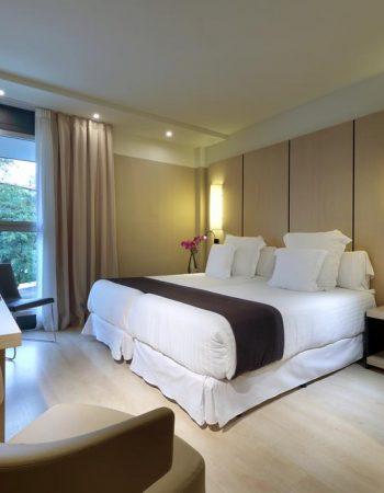 Occidental Bilbao – Modern 4-star hotel with swimmingpool in Bilbao