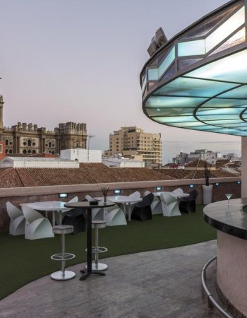 Room Mate Larios Boutique Hotel –  Charming and beautiful 4 star lodging in Málaga next to Larios street and Málaga beach