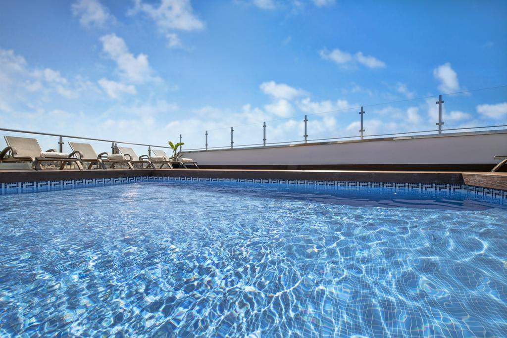 Top hotels in Málaga with a pool