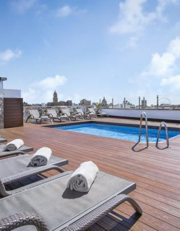 Salles Hotel Málaga Centro – 4 star hotel in the center of Málaga with a rooftop pool and spectacular views of the city