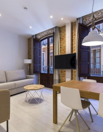 Shine Alcaiceria – Charming touristic apartments in the heart of Granada near the Alhambra