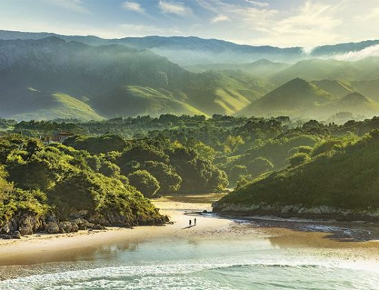 Playa de Poo – Beautiful beach in Asturias