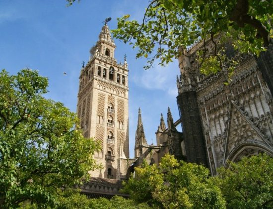 La Giralda and Cathedral in Seville – The largest cathedral in the world