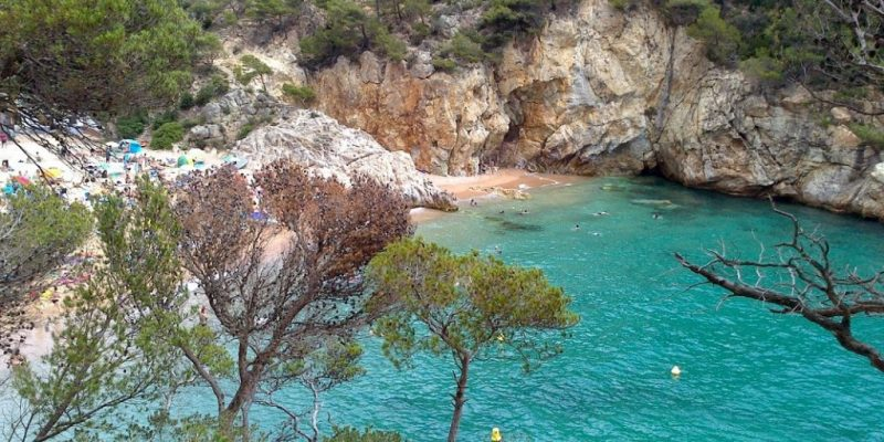 CALA POLA – Spectacular and secluded beach in Catalonia on the Mediterranean coast