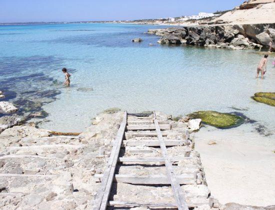 CALÒ DES MORT – Amazing white sand beach in the Balearic islands