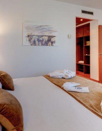 Monte Triana – Comfortable 4 star hotel inTriana