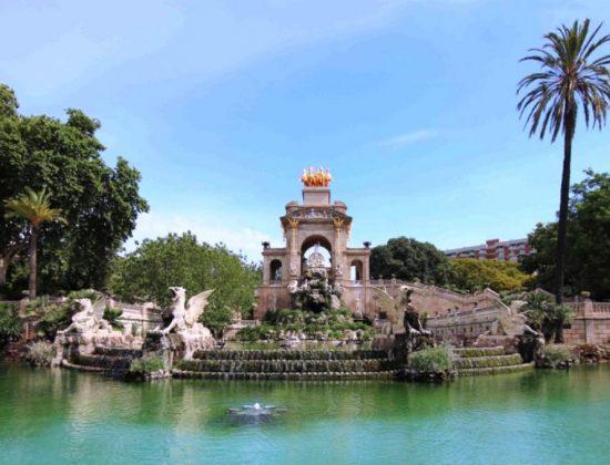 Parc de la Ciutadella- Gorgeous park in the heat of Barcelona's old quarter.