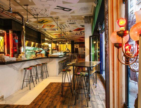 Robadora restaurant- high quality tapas in El Raval, Barcelona