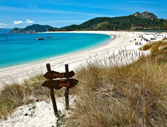 PLAYA DE RODAS – Beautiful turquoise water beach in Northern Spain