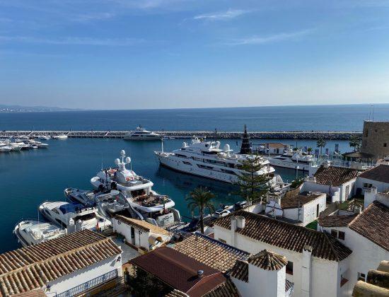Belvue Rooftop Bar Marbella- Marbella