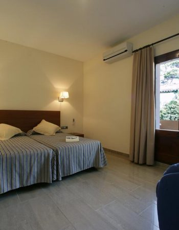 Hotel Sa Riera – 3 stars – Excellent hotel near Sa Riera beach in Begur that features a pool, perfect for families