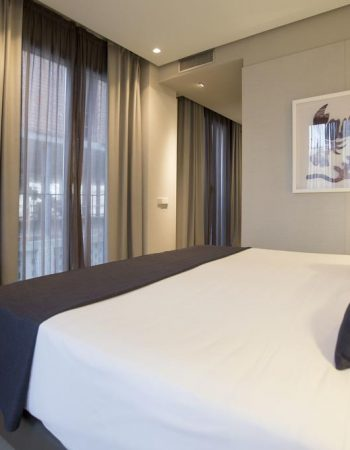 Vincci Mercat – Excellent 4-star hotel in Valencia with a rooftop pool