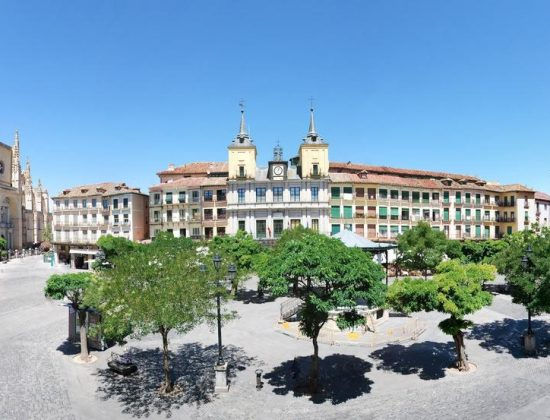 Hotel Infanta Isabel  – Charming 3 star lodgings in the heart of the Medieval City of Segovia