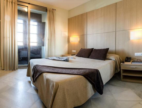 Hotel Boutique Convento Cádiz: Amazing hotel in the historic city center of Cádiz, housed within a 17th convent