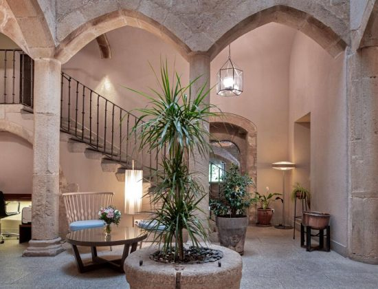 NH Collection Cáceres Palacio de Oquendo: Spectacular hotel in the heart of Cáceres, housed within a 16th century palace