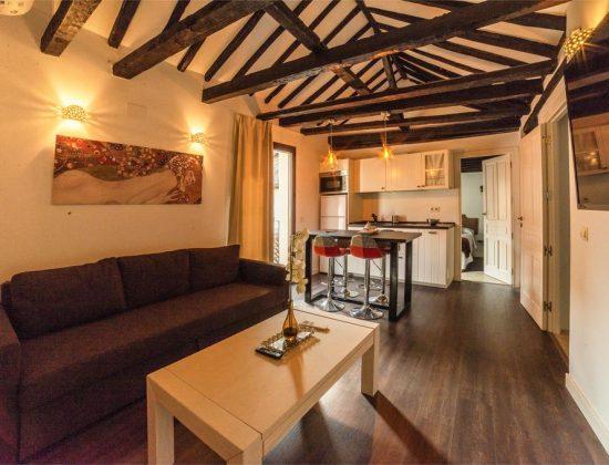 Tres Lunas Apartments – Toledo