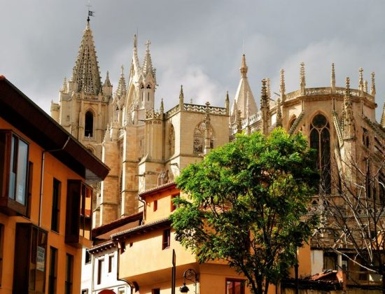 Leon Cathedral – Spain´s best stained glass nave