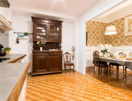 Heart of Pamplona Palace: charming and elegant lodgings in the center of Pamplona