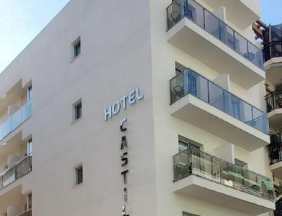 Hotel Castillo Benidorm: Charming 1 star hotel in the very center of of Benidorm