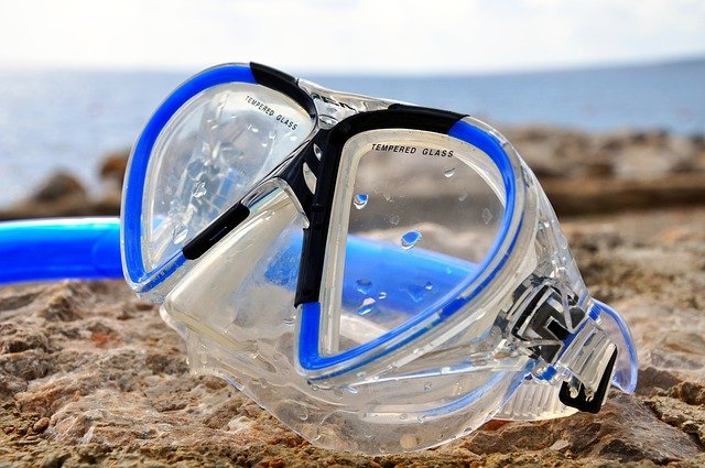 snorkeling in lanzarote