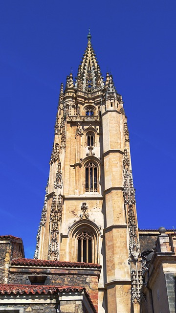 bell tower cathedral of oviedo