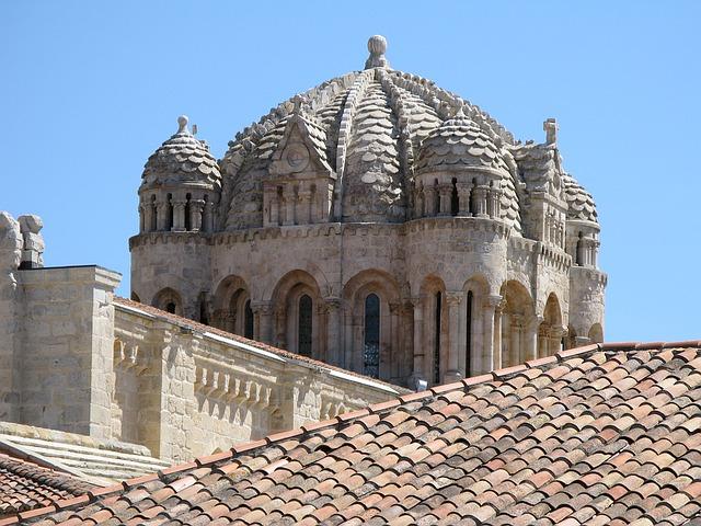 cathedral zamora